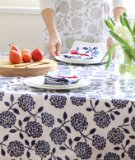 Dandi 6 Seater Oilcloth Tablecloth, Hydrangea Navy