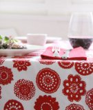 Dandi 10 Seater Tablecloth, Doilie Berry